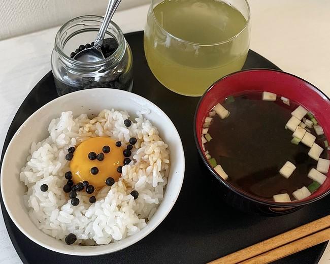 卵かけごはん×生胡椒の塩漬け