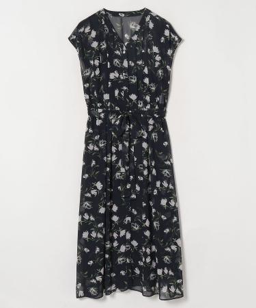 Dress 42,900yen