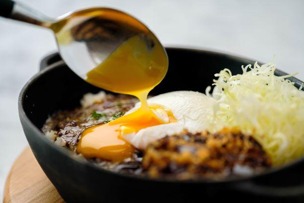 鉄なべ焼きチーズカレー