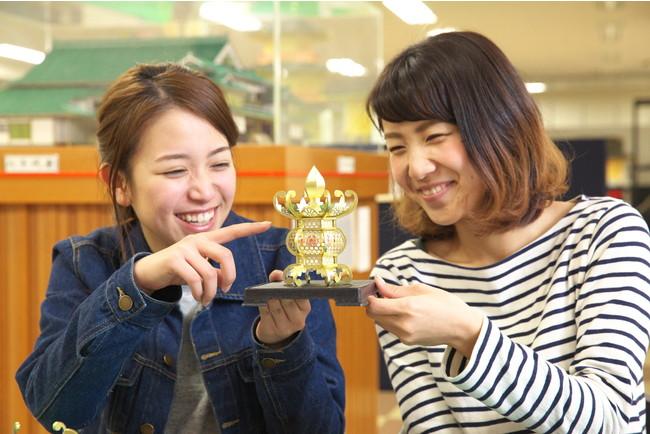 ミニ灯籠作り(写真提供:山鹿市)