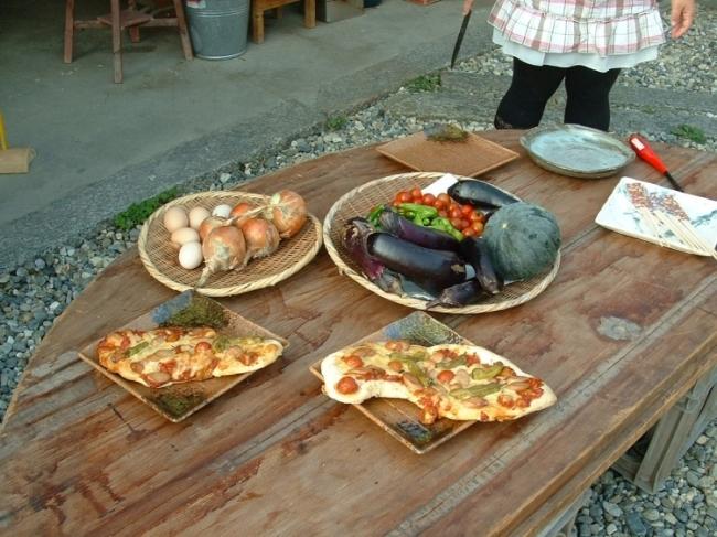 4位:奈良県 農家体験民宿 里舎(ピザ作り体験)