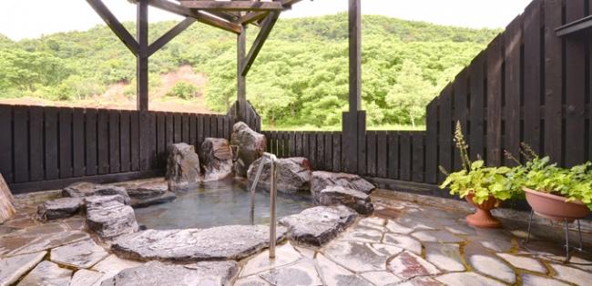 1位:新潟県 六日町温泉 いろりあん(露天風呂)