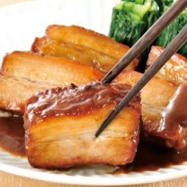 豚肉の味噌煮込み