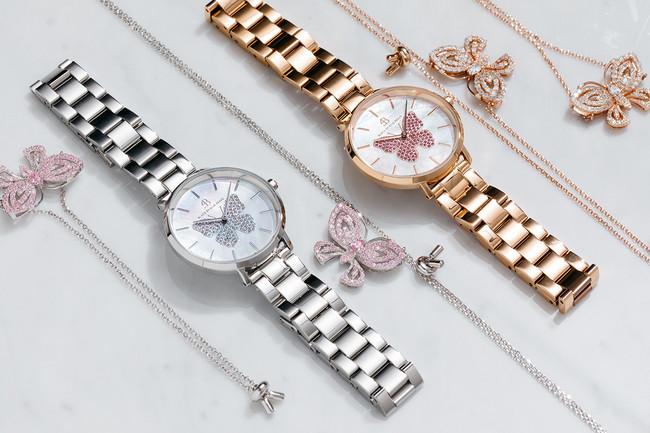 腕時計各24,200円(税込)、ネックレス各7,800円(税込)、ブレスレット各6,200円(税込)