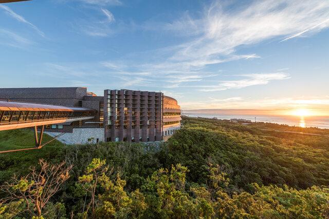 沖縄県恩納村にある世界有数の科学研究機関、沖縄科学技術大学院大学