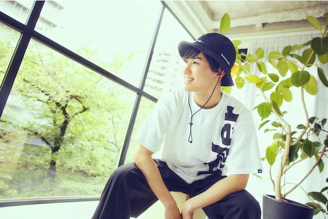 子供向け番組で共演中の櫻井佑樹がメンズモデルを担当