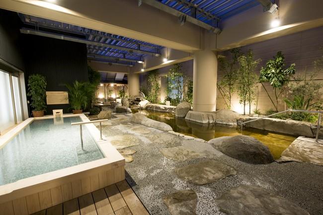 地下1,700mから湧き出る豊かな天然温泉