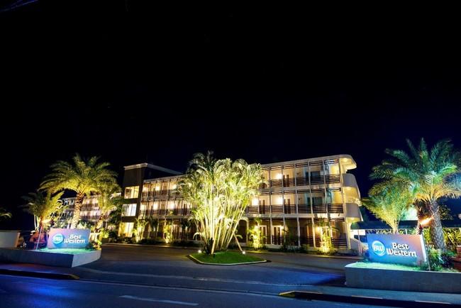 点灯時のベストウェスタン沖縄恩納ビーチ(イメージ)