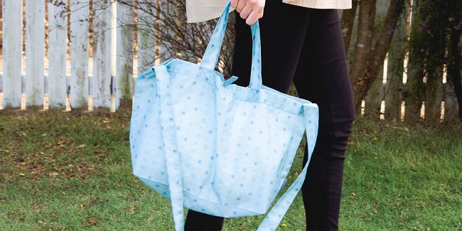 (※イメージです)スマイルモノグラムショッピングバッグ