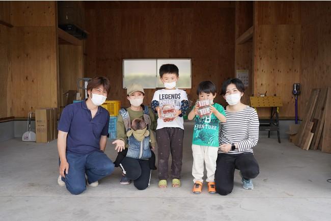 斉藤農園:斉藤雅通さん(左)