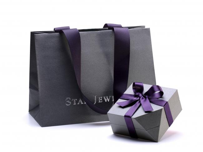 ショッピングバッグとボックス