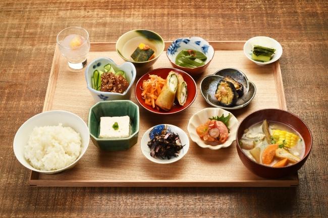 四季の定食 1800円(税別)