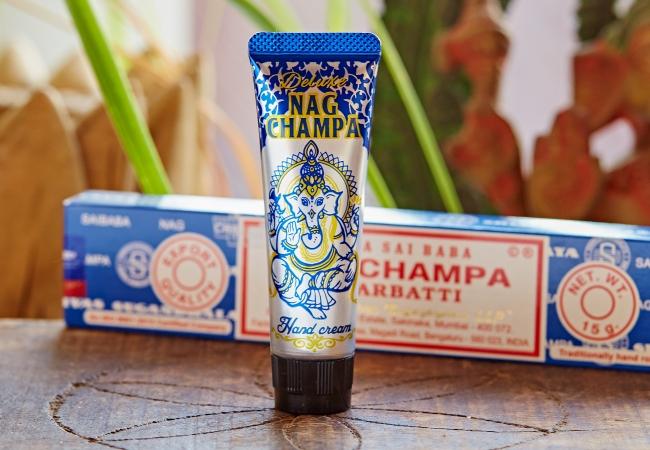 ◆ナグチャンパ香のかおり:少し甘めの白檀ブレンド。サイババが作ったことでも有名です。