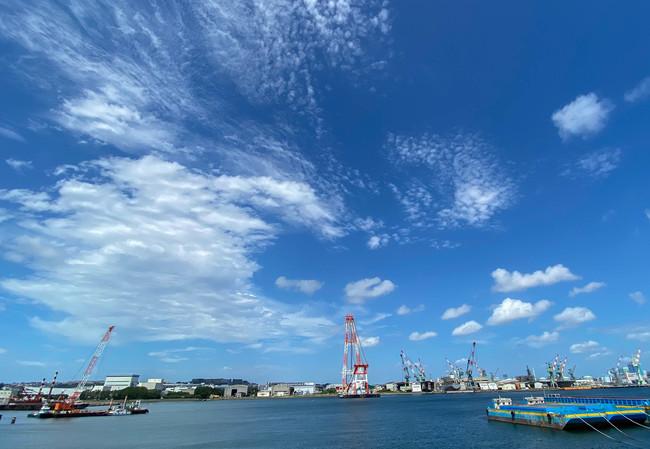 根岸湾に面しているので、海や行き交う船などが眺められます。