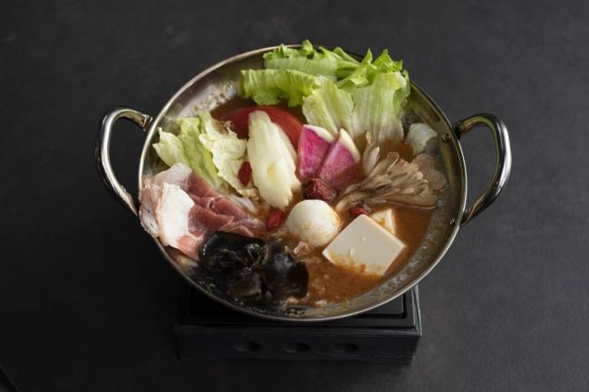 Hong Kong Hot Pot Cafe 甜蜜蜜 薬膳ひとり火鍋セット