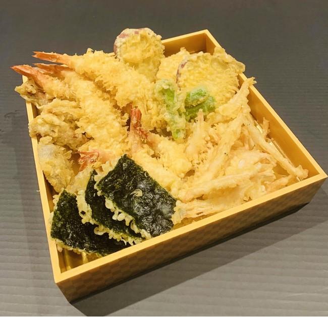 「天ぷら盛りあわせ」