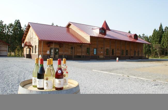 日本ワインコンクールで金賞受賞歴のある地元のワイナリー、「サンマモルワイナリー」