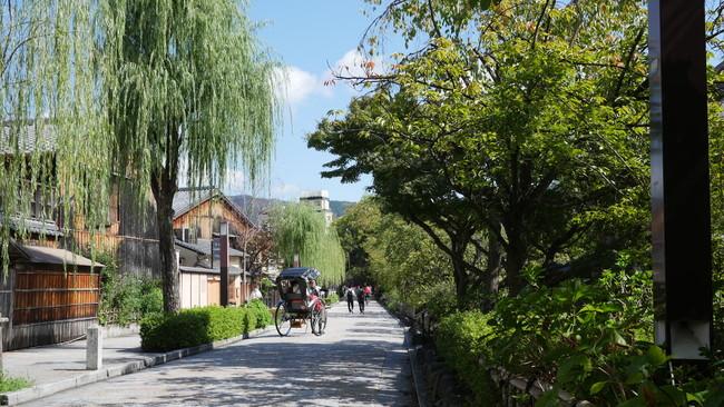 ガイドと一緒に、ディープな京都を旅するツアーがスタート