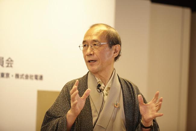 挨拶を述べるartKYOTO実行委員長の門川大作・京都市長