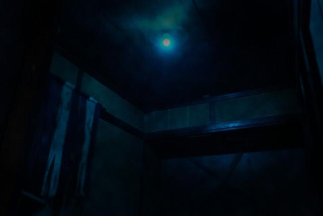 凶遡咽び家の室内2