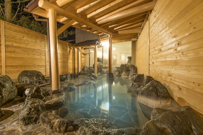白馬八方温泉露天風呂「庄兵衡の湯」は別名美人の湯と呼ばれている