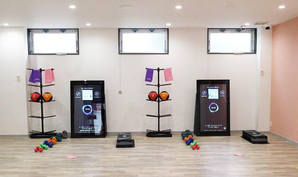 マシンに触れず距離も1.5m以上離れているため、密にならないトレーニングが可能。