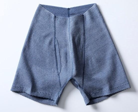 リニューアルしたゴムなし包帯パンツ(ネイビー)