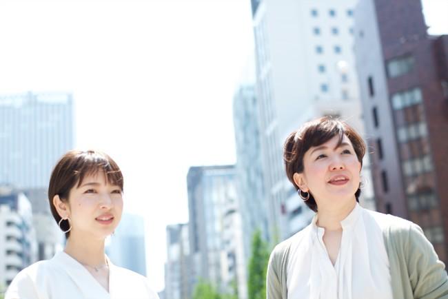 左:encyclo代表取締役 水田悠子 右:共同創業者 齋藤明子
