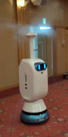 ナノプラチナ噴霧ロボット
