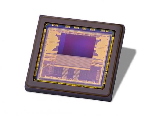 測距用CMOSイメージセンサ『Hydra3D』