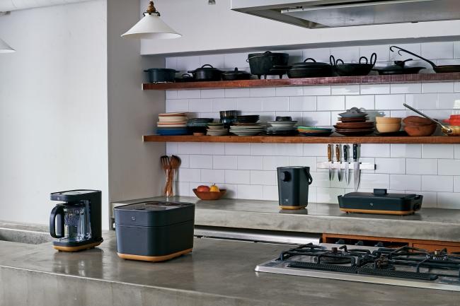 左より コーヒーメーカー EC-XA30/IH炊飯ジャー NW-SA10/電動ポット CP-CA12/ホットプレート EA-FA10
