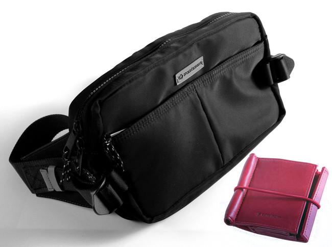 ウェストバッグ、革製スタンド(マイクロSDカードホルダー付き)、本体ポーチが付属