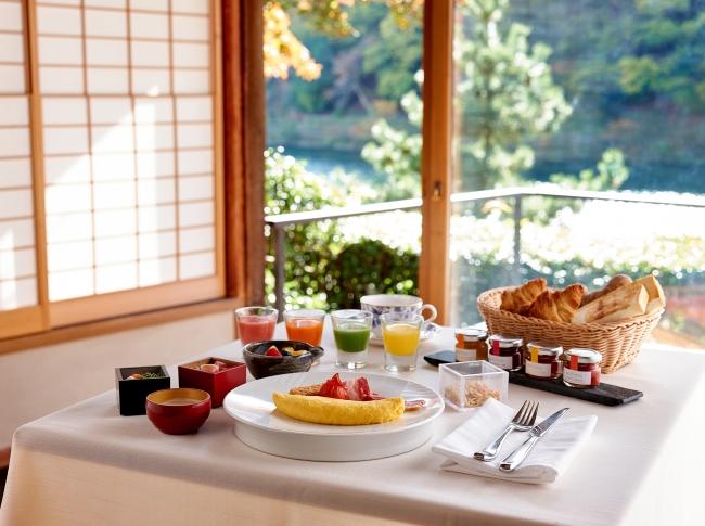 「茶寮 八翠」でのプライベート朝食イメージ