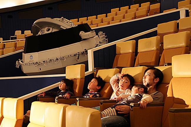 総合リゾートホテル ラフォーレ琵琶湖 ~プラネタリウム上映中 ...