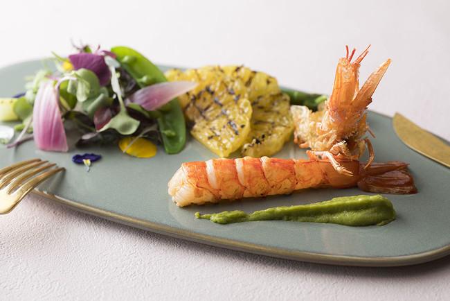 赤海老のソテー 甘夏のグリルと春野菜のサラダ アボカドディップ