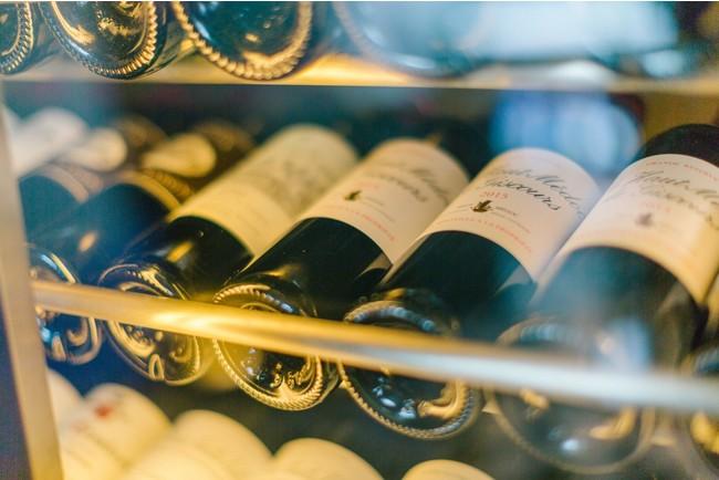 """""""黒トリュフコース""""限定のワインペアリングをソムリエが厳選しました。"""