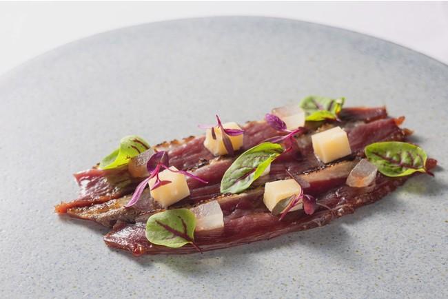 燻製鴨肉の生ハム スイカとパルミジャーノ