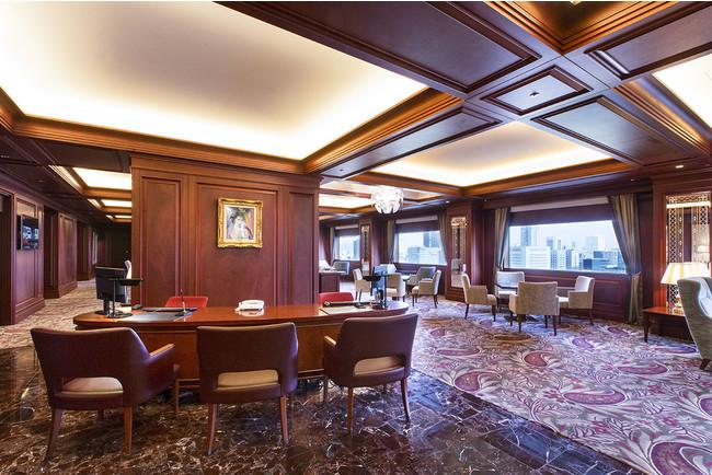 ホテル最上24階「クラブラウンジ」