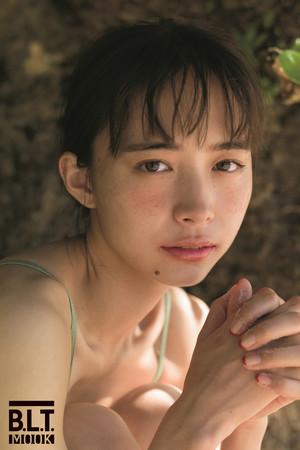 「井桁弘恵1st写真集(仮)」(東京ニュース通信社刊)