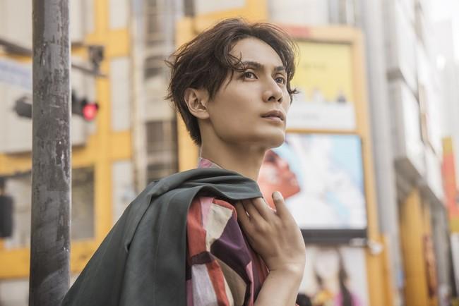 加藤和樹アーティストデビュー15周年メモリアルフォトブック「K」(東京ニュース通信社刊)