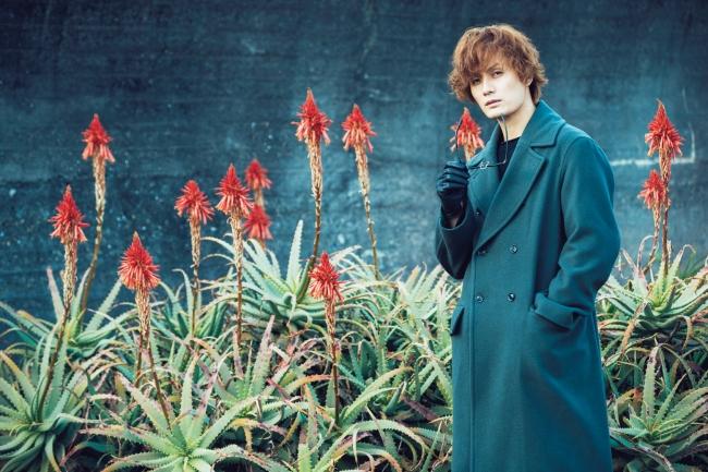 加藤和樹写真集「加藤和樹という男」(東京ニュース通信社刊)