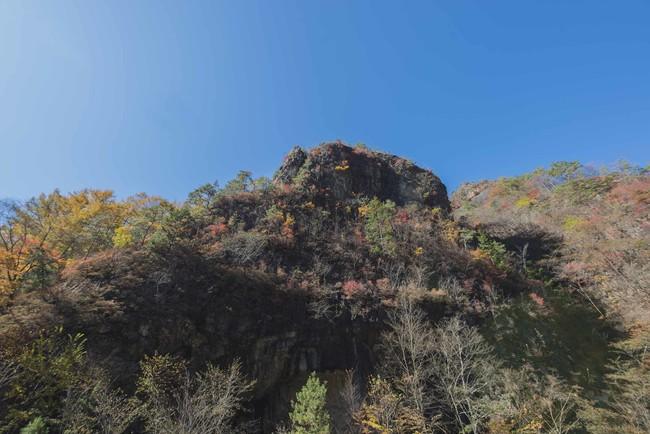小滝地区 旧火薬庫 象岩の紅葉 2020年10月下旬