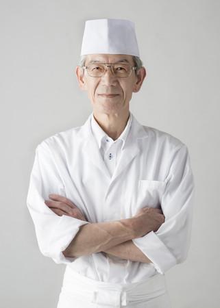 かじか荘の菅谷 昭司 料理長がこだわりの料理をご提供