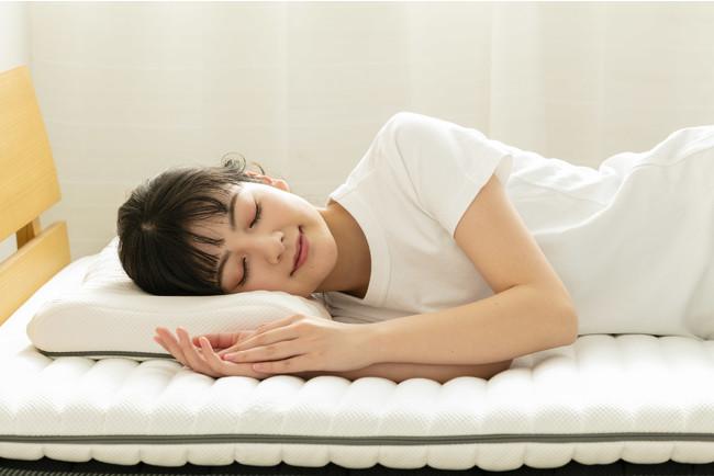 自然な寝返りと快適な寝心地をサポート