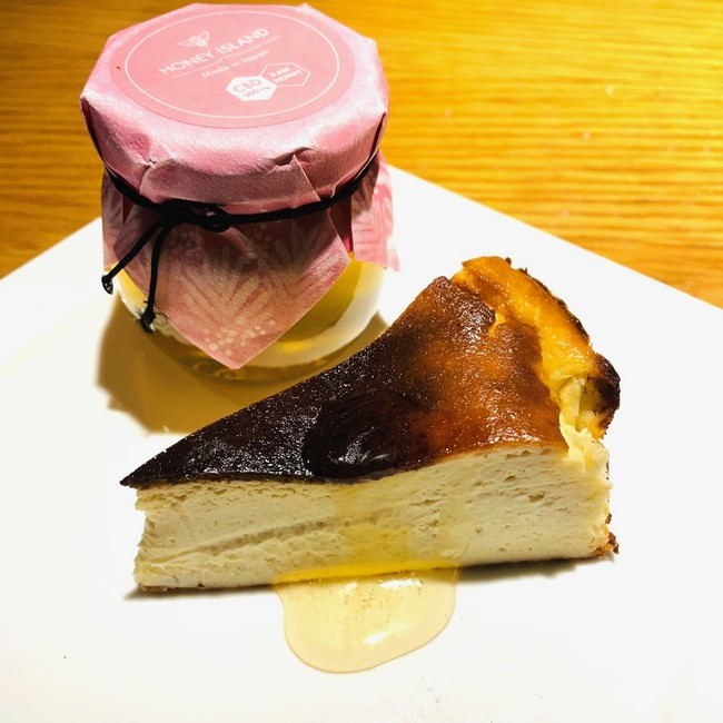 マッシュルームのバスクチーズケーキ