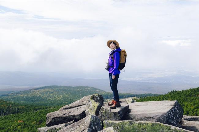 縞枯山展望台からの絶景を眺める