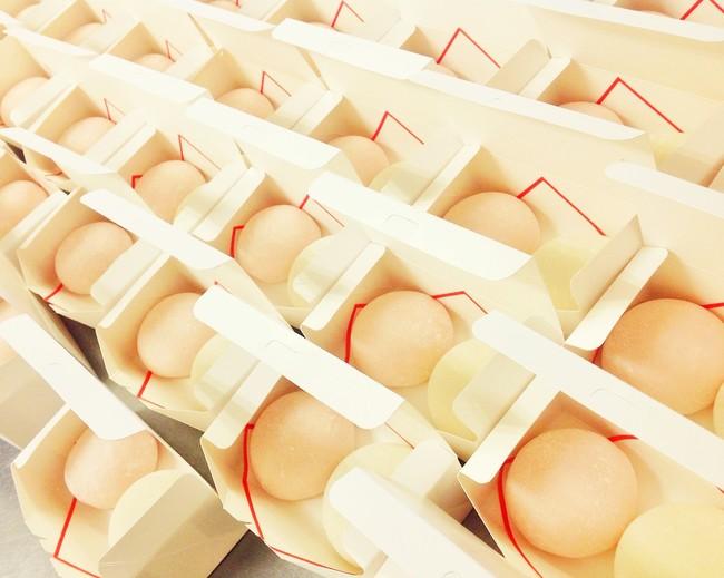 入学、卒業シーズンでは近隣の幼稚園、小学校、中学校に紅白大福(饅頭)が納品されています