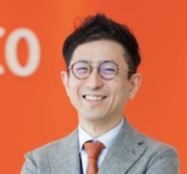 株式会社クラスココンサルファーム 代表取締役社長 小村 典弘