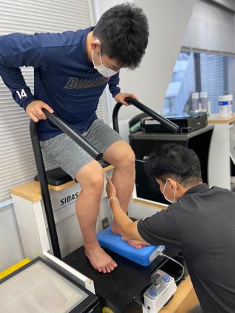バキュームマシンによる足型採取