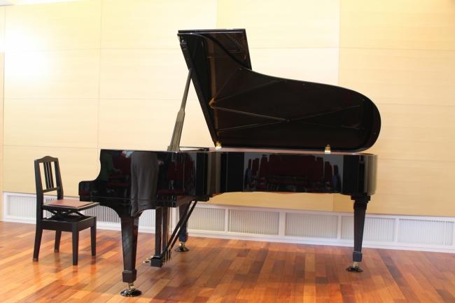 寄附された「スタインウェイピアノ」